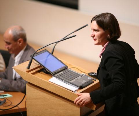 Prix Nobel d'économie 2019 : repenser la lutte contre la pauvreté avec Esther Duflo